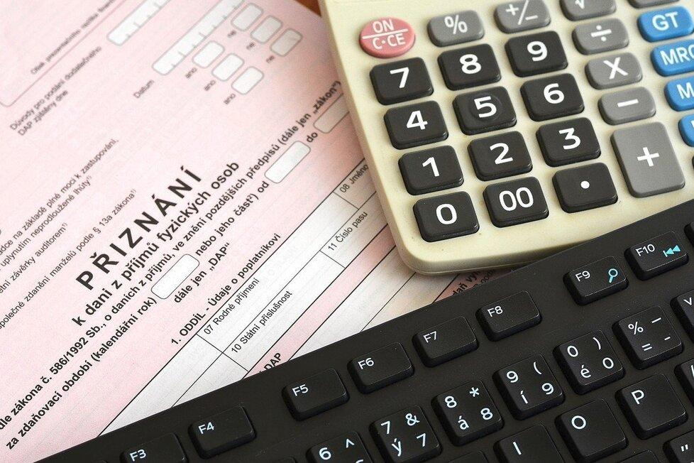 Nezapomeňte odevzdat daňové přiznání