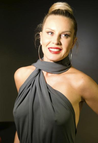 Simona Krainová (46)
