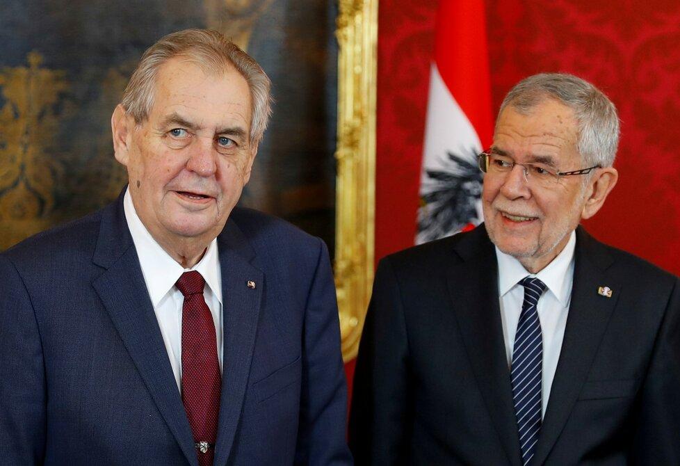 Prezident Rakouska Alexander Van der Bellen s prezidentem ČR Milošem Zemanem (3. 4. 2019)