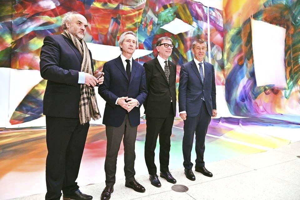 Odvolaný šéf Národní galerie Jiří Fajt vlevo, premiér Andrej Babiš vpravo