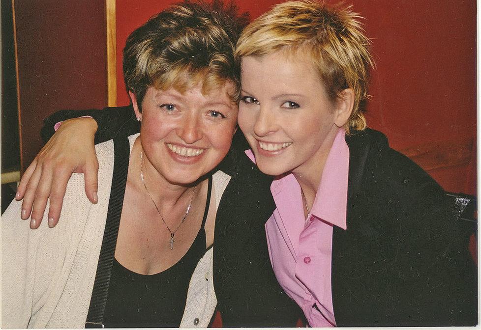 Iveta Bartošová s Goldou