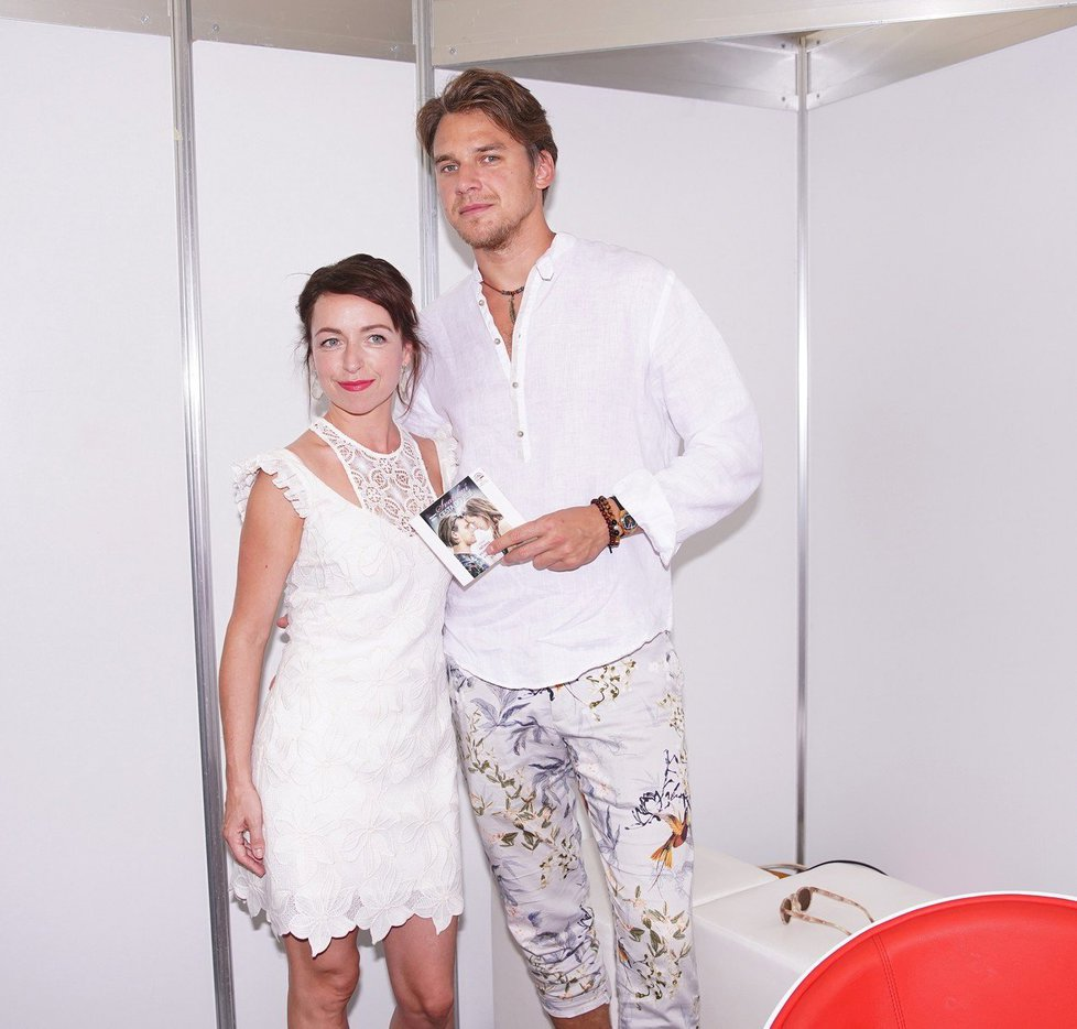 Táňa Vilhelmová a Vojta Dyk