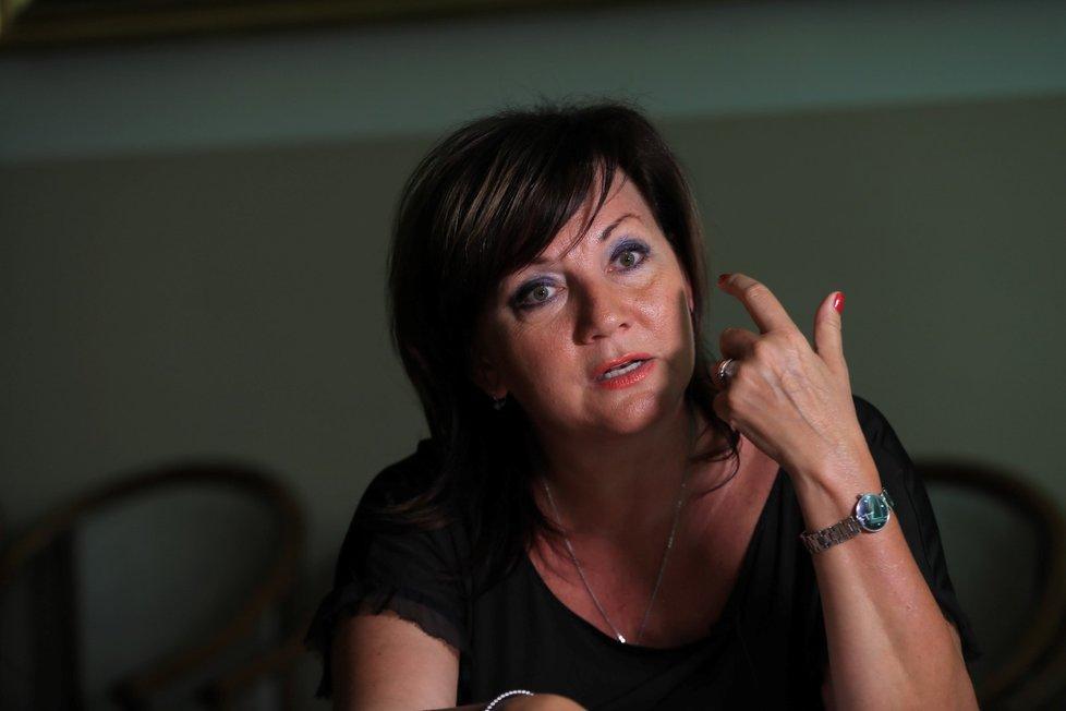 Ministryně financí Alena Schillerová (za ANO) má zjednodušení jako svoji prioritu