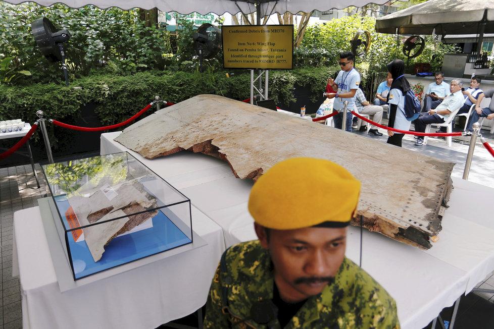 Zmizení letu MH370 je největší záhadou v letecké historii.