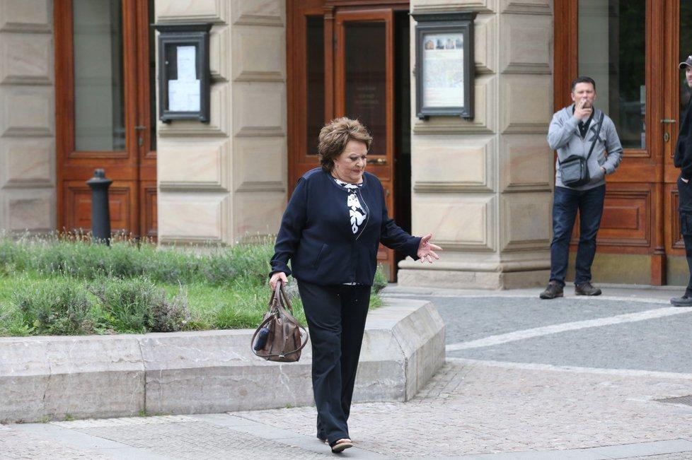 Pohřeb Václava Postráneckého: Jiřina Bohdalová