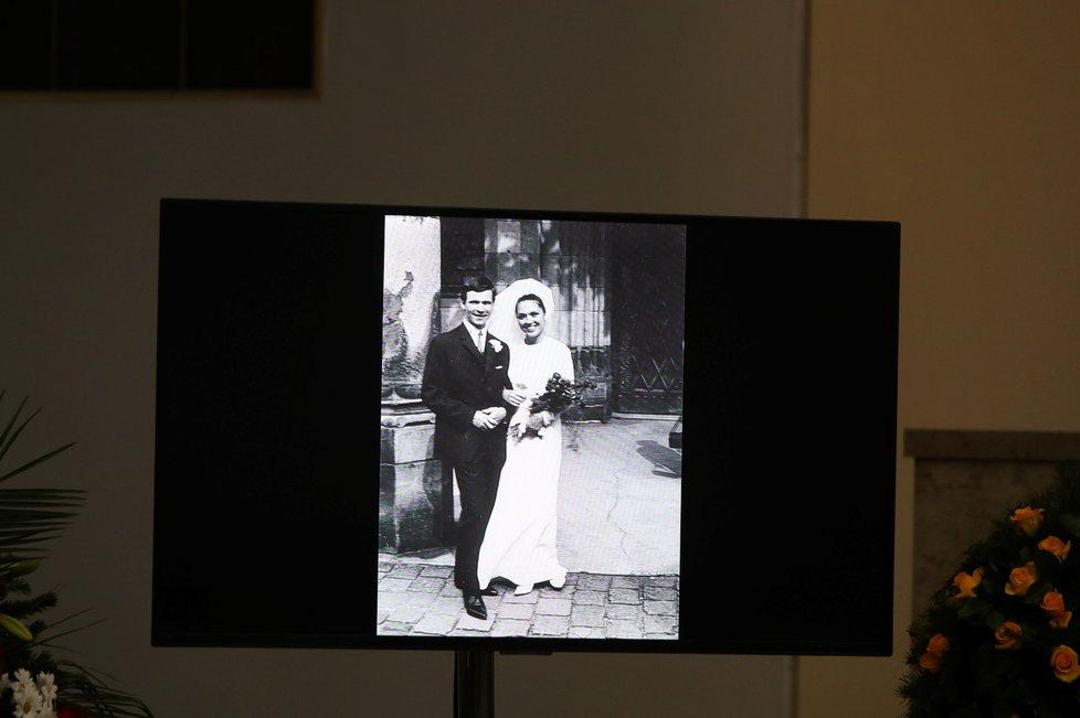 Rodinné rozloučení s Václavem Postráneckým ve Strašnicích