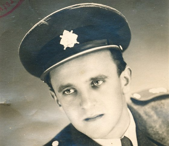 Král Šumavy Josef Hasil začal v roce 1948 převádět lidi na Západ. Ještě jako příslušník Sboru národní bezpečnosti...