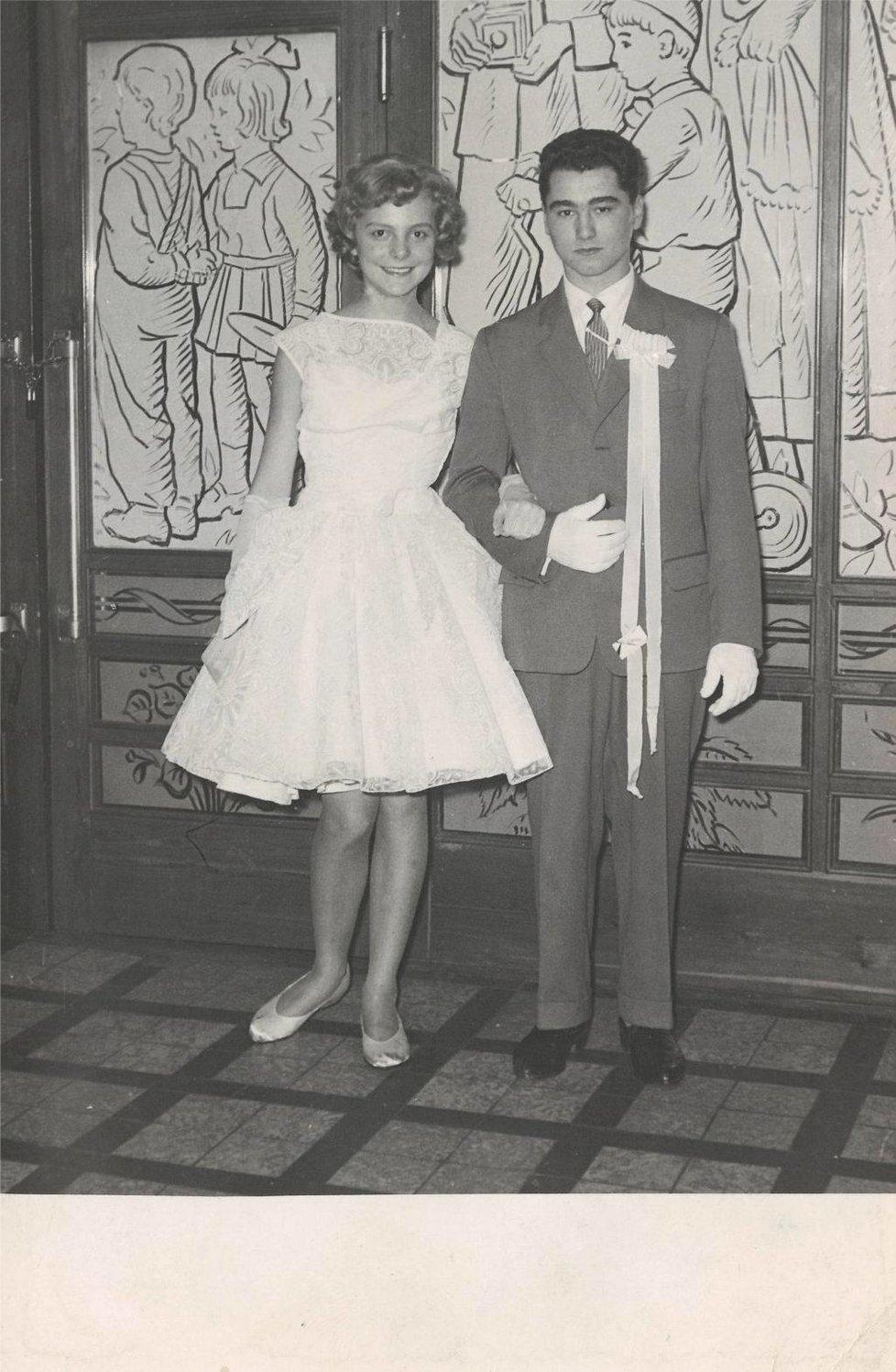 1961: Ostrava, kulturní dům Hlubina Hana Zagorová a Jiří Klekar se těšili na prodlouženou.