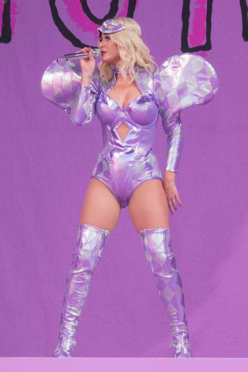 Katy Perryová na jednom ze svých vystoupení
