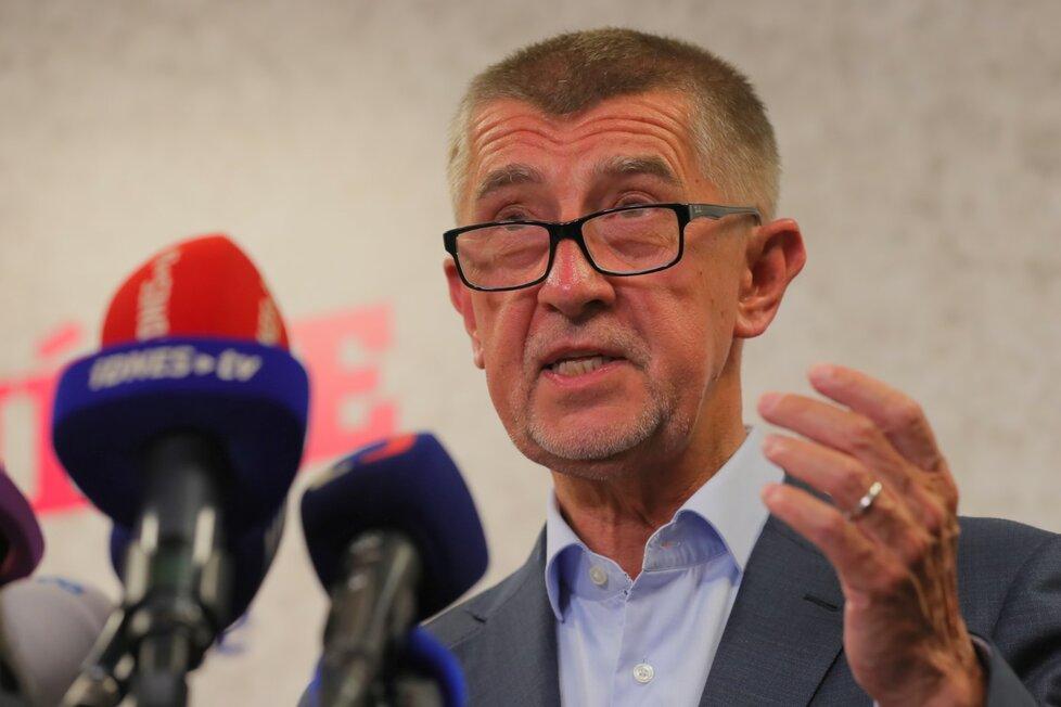 ANO během tiskové konference po zveřejnění výsledků voleb do Evropského parlamentu (26. 5. 2019)