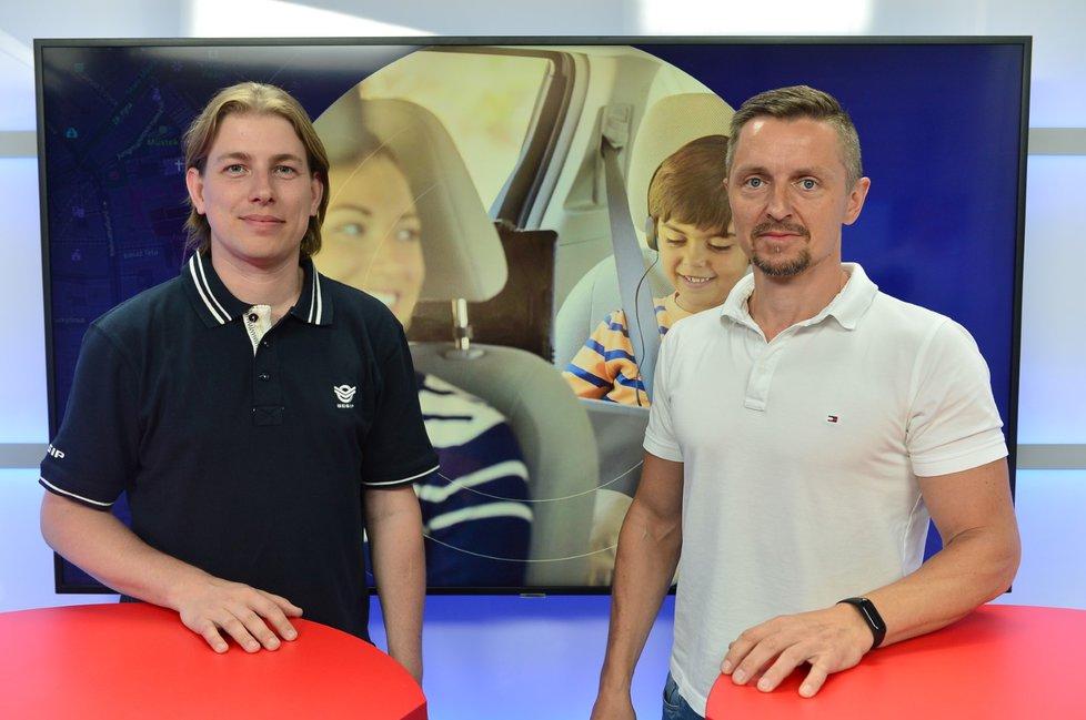 Petr Vomáčka z BESIPu byl hostem pořadu Epicentrum vysílaného dne 19.6.2019. Vpravo moderátor Bohuslav Štěpánek.