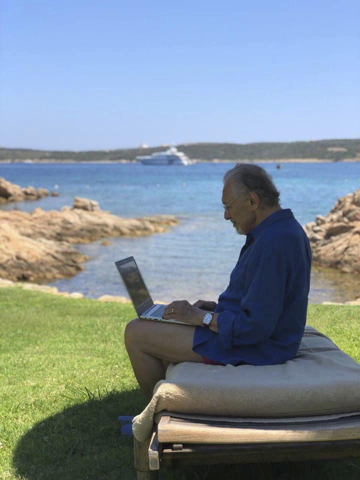 Karel Gott na dovolené na Sardinii