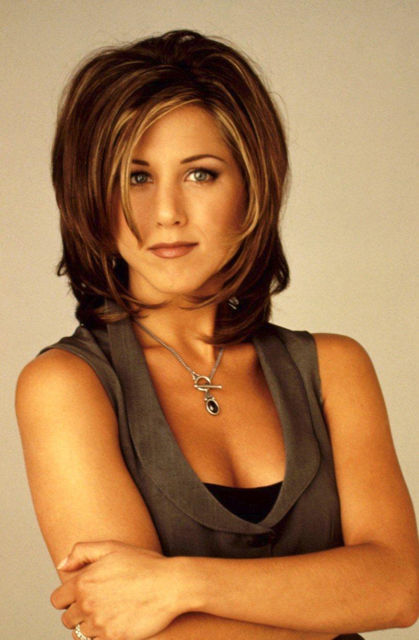 Jennifer Aniston v roli Rachel Greenové ze seriálu Přátelé byla inspirací pro mnoho žen