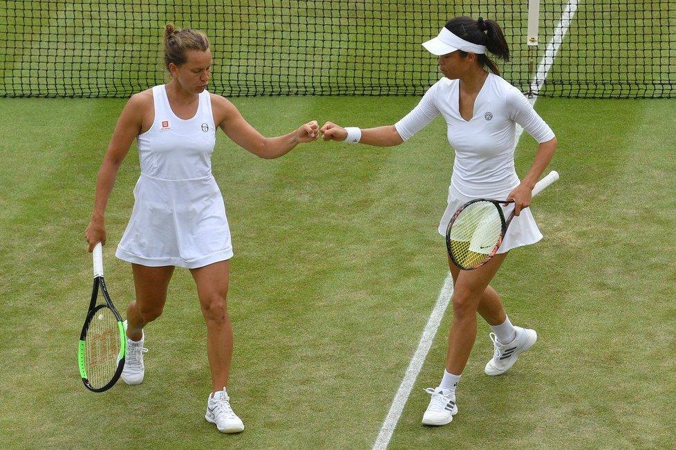 Barbora Strýcová si poprvé v kariéře zahraje finále grandslamu, společně s tchajwankou Sie Šu-wej bude hrát o titul ve čtyřhře