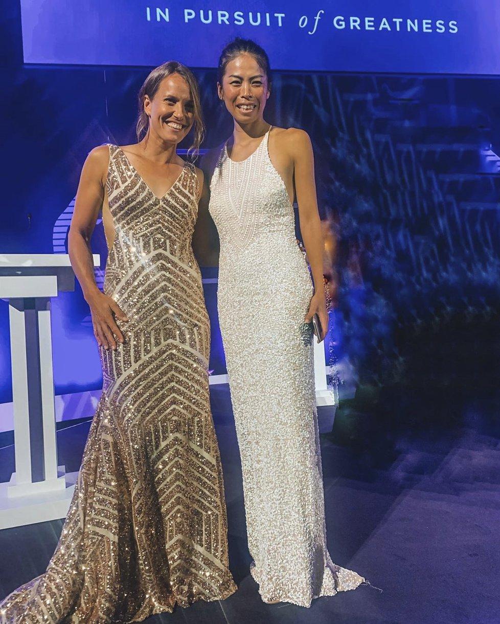 Wimbledonské vítězky ve čtyřhře Barbora Strýcová a Sie Šu-wej