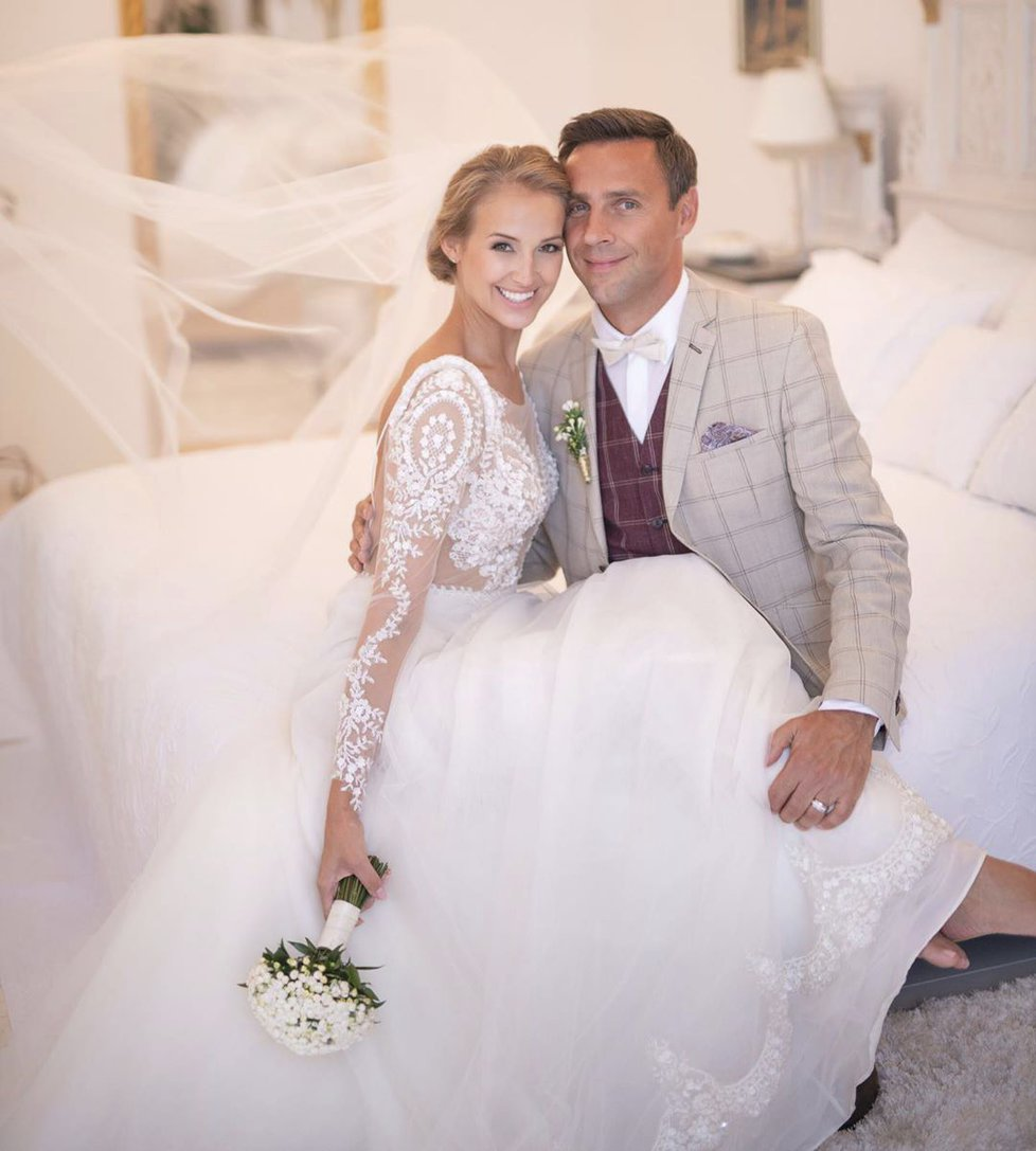 Roman Vojtek a Petra Vraspírová se vzali