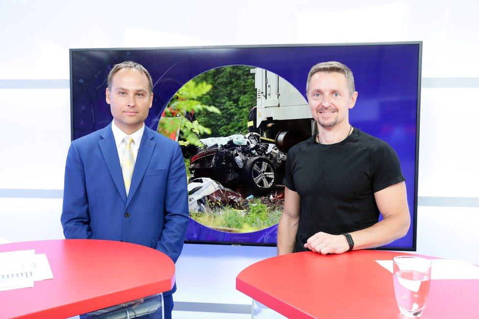 Generální inspektor Drážní inspekce Jan Kučera byl hostem pořadu Epicentrum dne 18. 7. 2019. Vpravo moderátor Bohuslav Štěpánek.