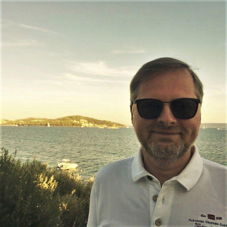 I Petr Fiala (ODS) se pochlubil dovolenou. Opoziční předseda zajel do Chorvatska