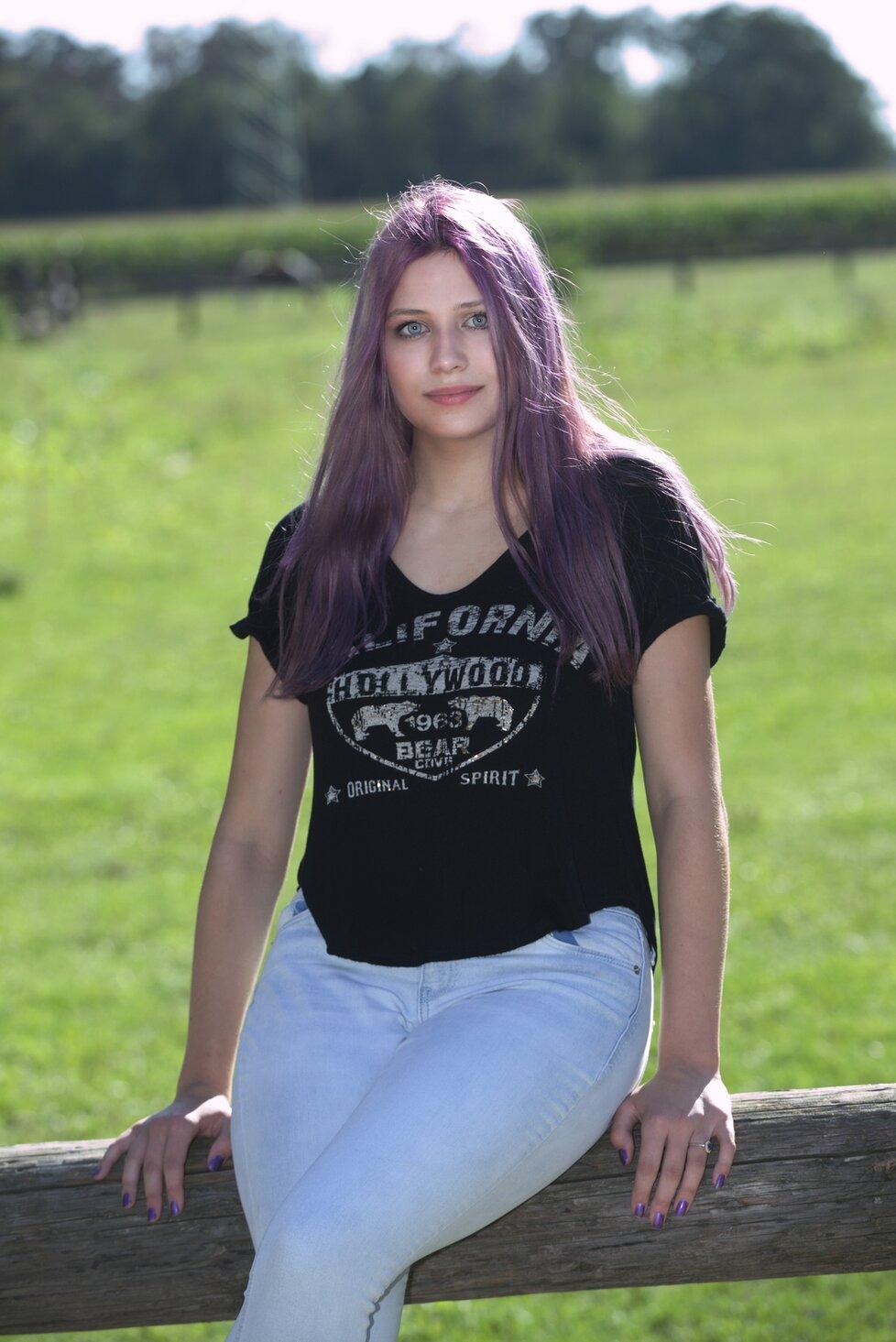 Přítelkyně Bohuše Matuše, šestnáctiletá Lucinka