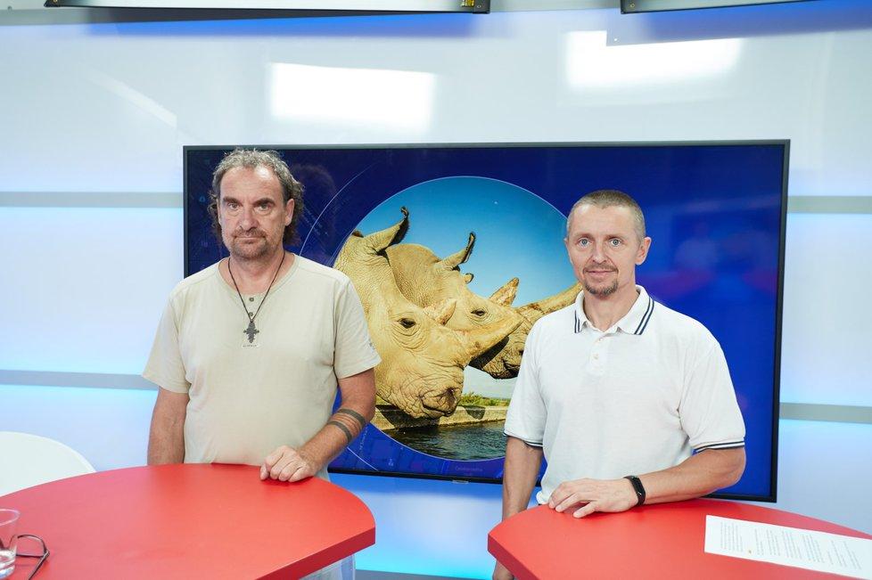 Ředitel Safari Parku Dvůr Králové nad Labem Přemysl Rabas byl hostem Epicentra 26.8.2019. Vpravo moderátor Bohuslav Štěpánek.