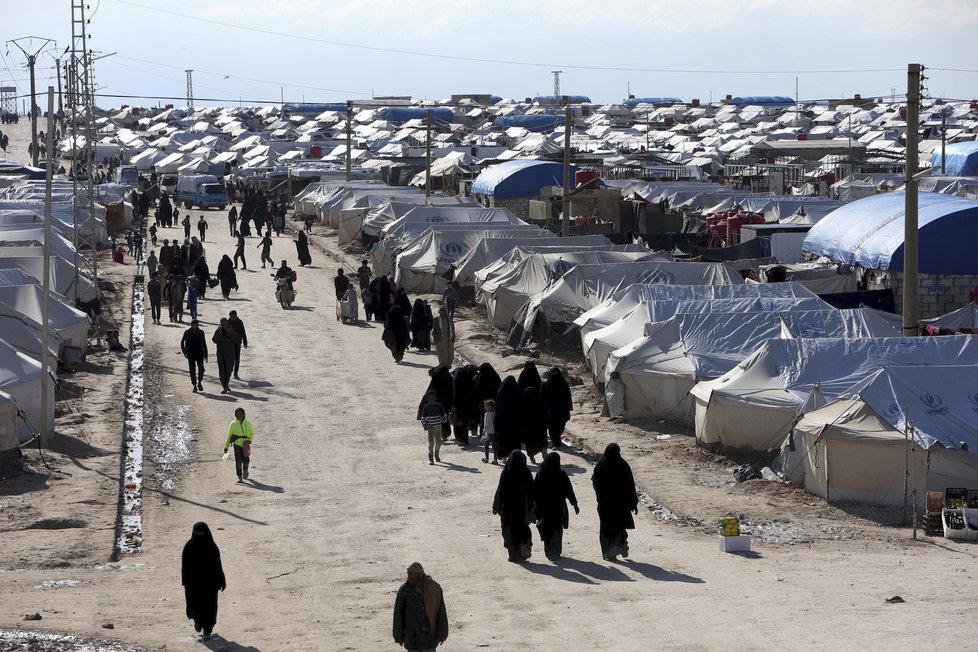 V severosyrském táboře Al Hol jsou deseti tisíce lidí včetně rodin džihádistů (ilustrační foto).