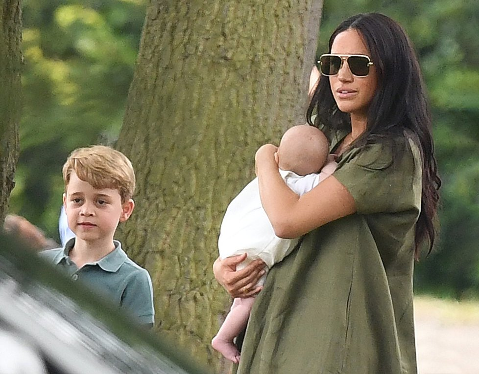 Meghan s Archiem a se synovcem Georgem.