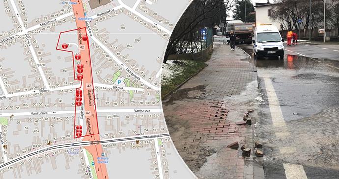 V centru Brna praskl vodovod, opravy potrvají až do čtvrtka.