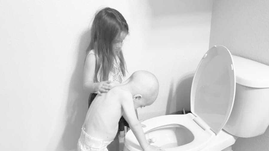 Rakovina vzala těmto sourozencům dětství.