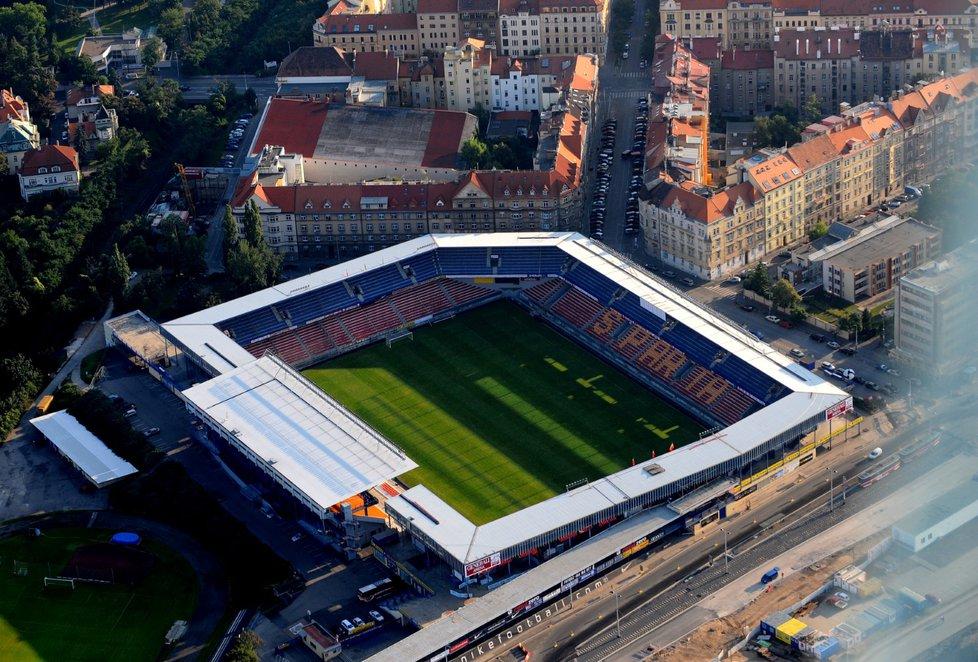 Letenský stadion měl podle původních plánů nahradit nový národní stadion. K tomu ale nedošlo.