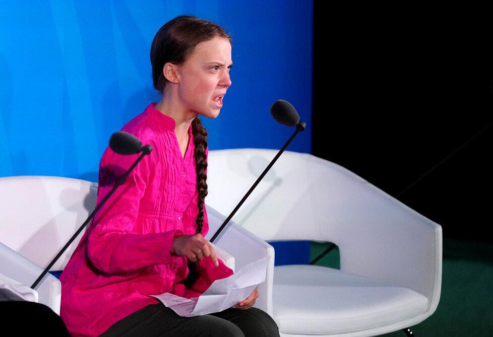 Greta Thunbergová přednesla emotivní projev na klimatickém summitu v New Yorku.