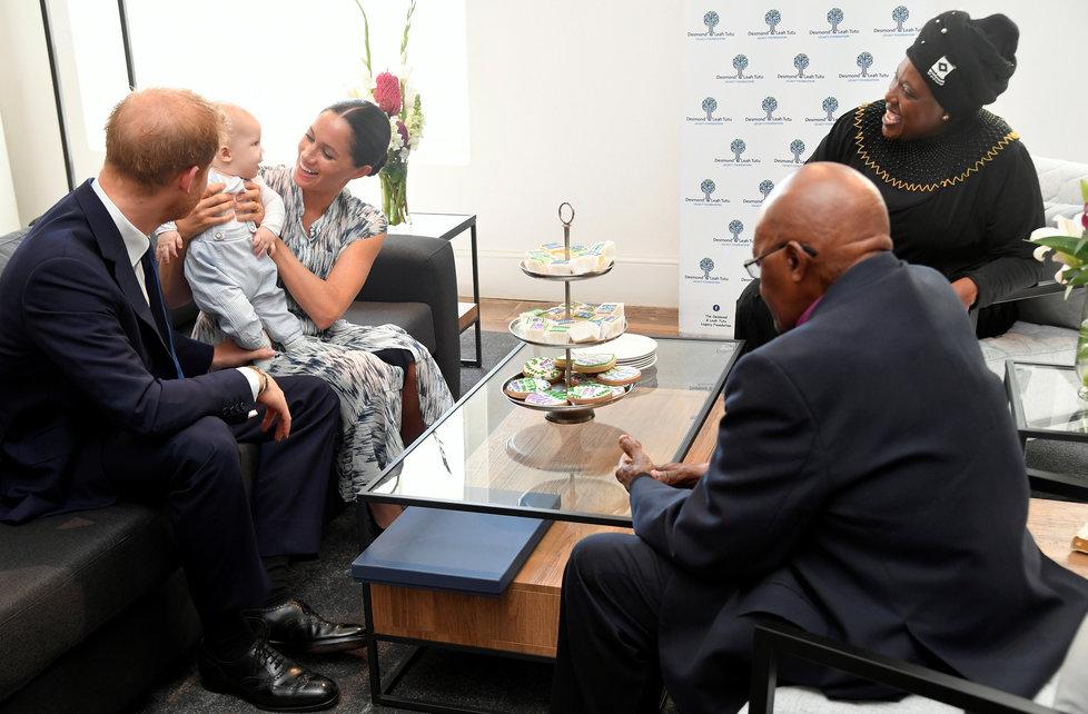 Meghan, Harry a Archie na návštěvě v Kapském Městě u bývalého biskupa