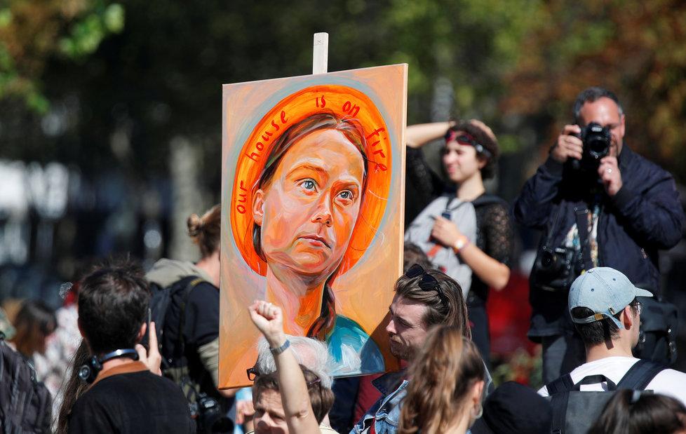 """Někdo ji má za """"světici"""", jiný ji nemůže vystát. Mladá Švédka Greta Thunbergová dělí lidi."""