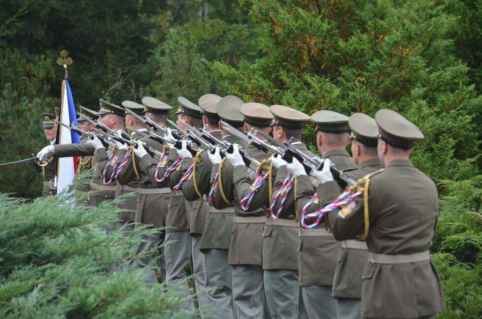 Pohřeb brigádního generála Milana Jakubů