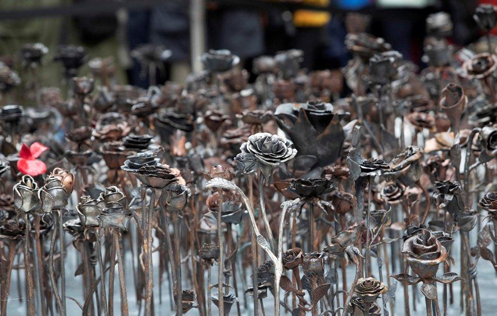 V Norsku odhalili památník obětem útoku na ostrově Utöya