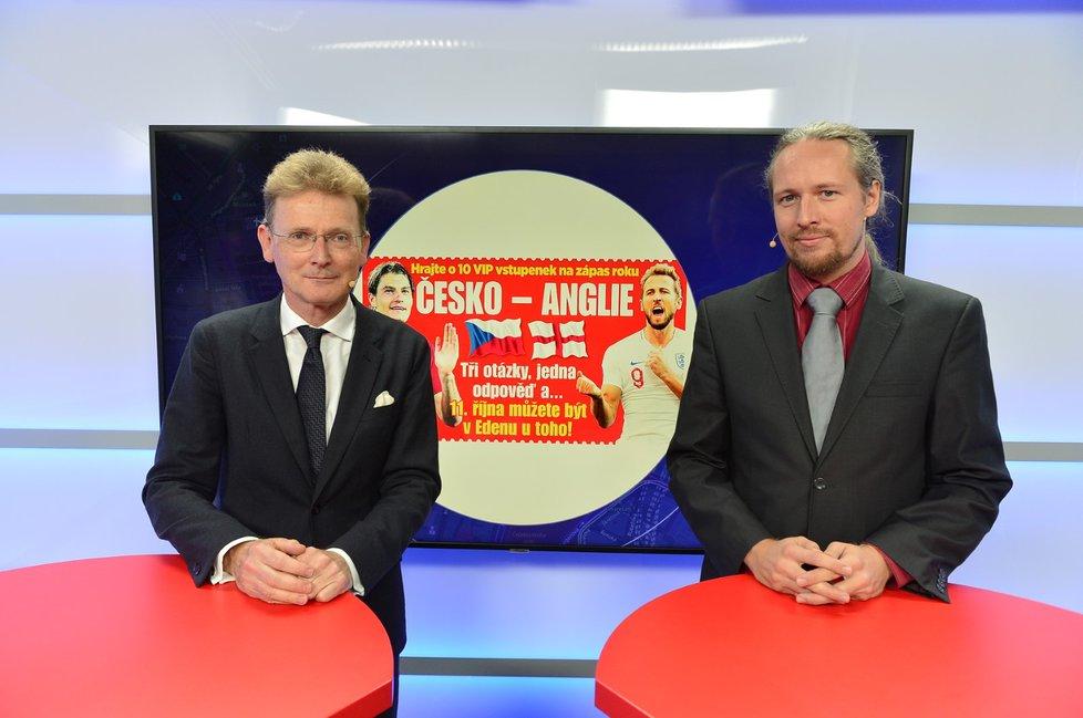 Britský velvyslanec v ČR Nicholas Archer byl hostem pořadu Epicentrum vysílaného dne 3.10.2019. Vpravo moderátor Martin Valeš.