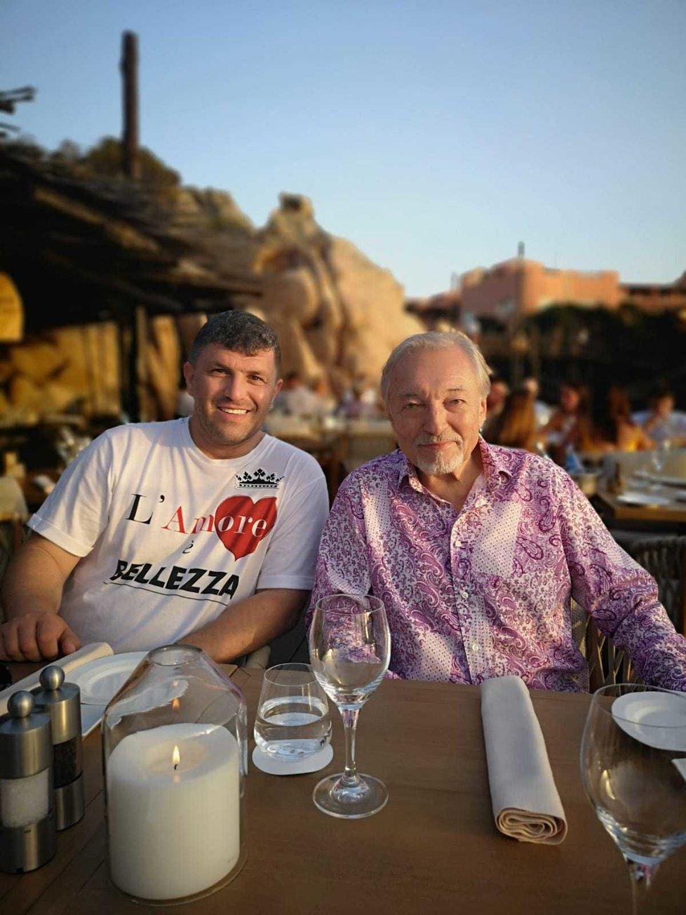 Karel Gott s kamarádem, miliardářem Leonem