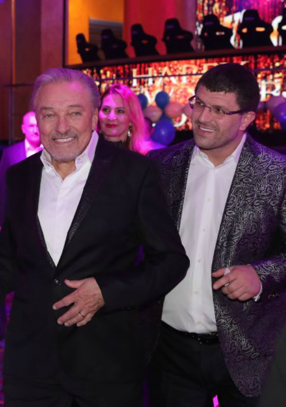 Leon Tsoukernik a Karel Gott