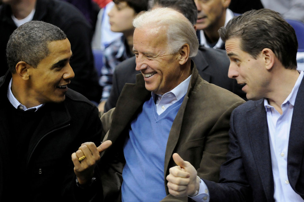 Barack Obama, Joe Biden a jeho syn Hunter