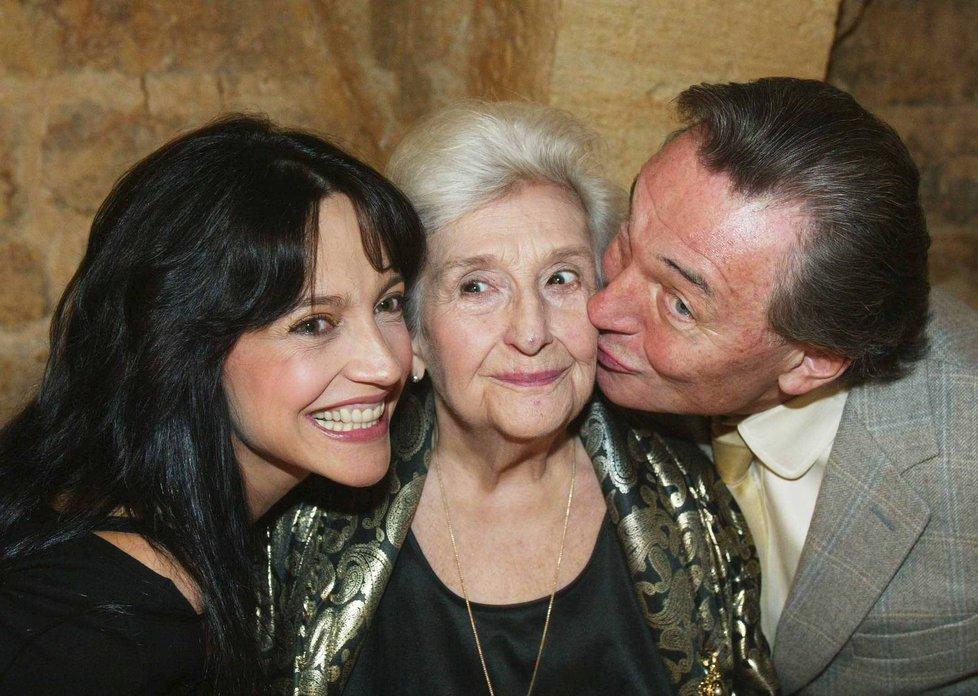 Měsíc před smrtí oslavila Stella Zázvorková 83. narozeniny ve společnosti Bílé a Gotta.