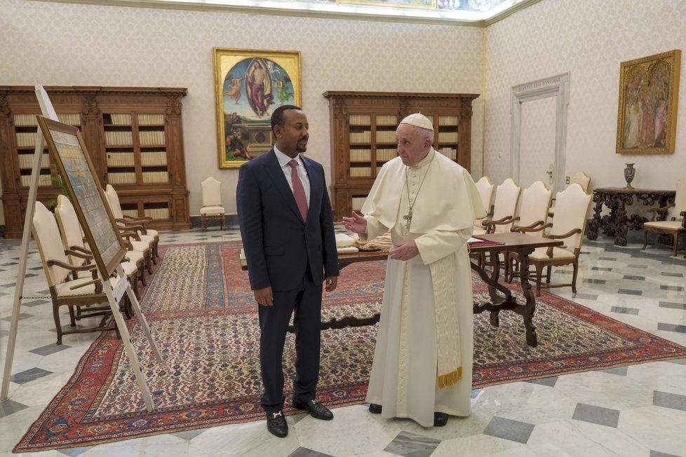 Nobelovu cenu míru za rok 2019 získal etiopský premiér Abiy Ahmed.