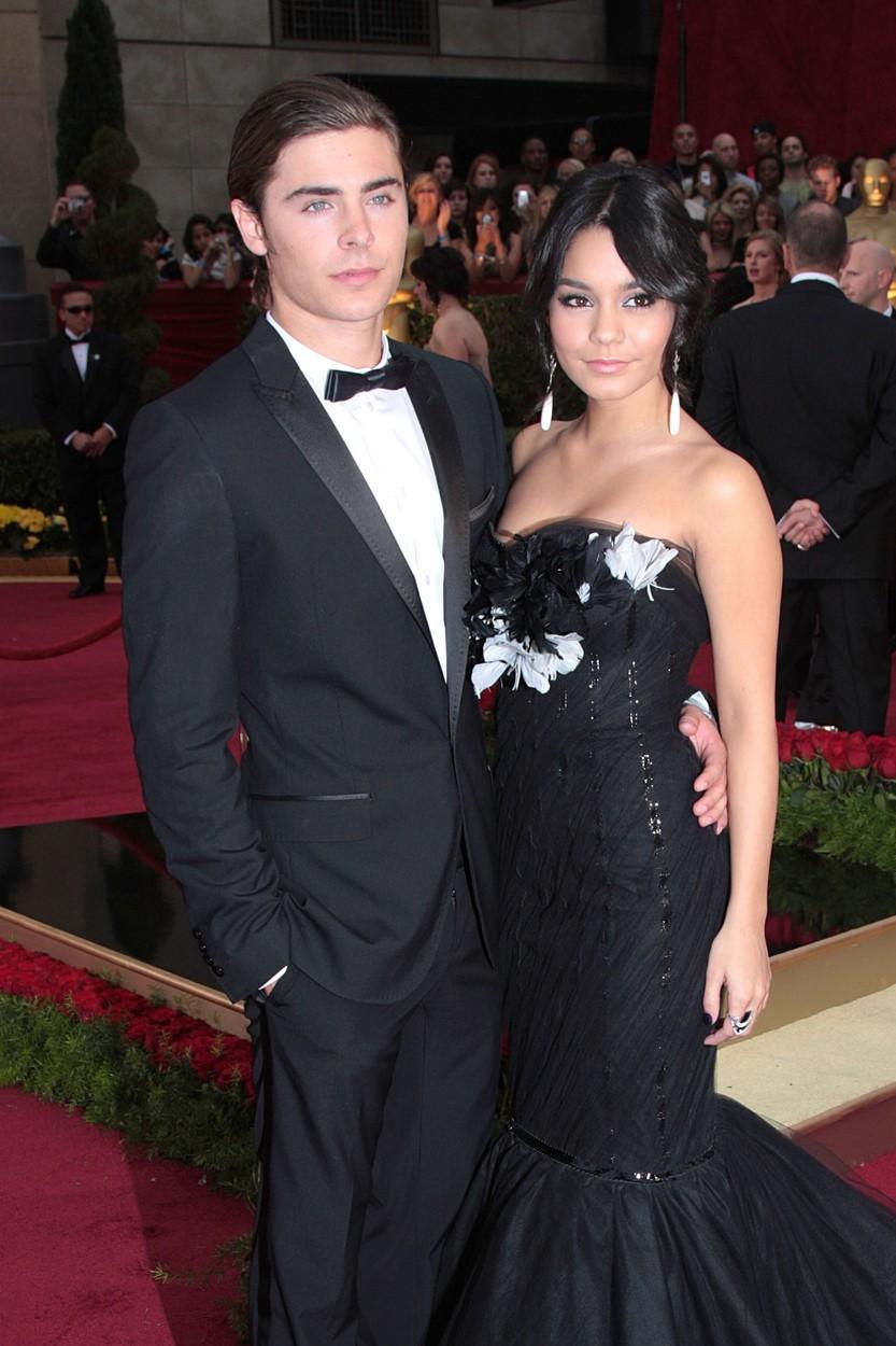 Zac Efron a Vanessa Hudgens se seznámili při castingu na High School Musical. Pár tvořili od roku 2010, ale kvůli žárlivosti Vanessy se nakonec rozešli.