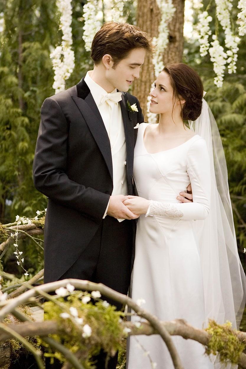 Robert Pattinson a Kristen Stewart jako filmová Bella a Edward