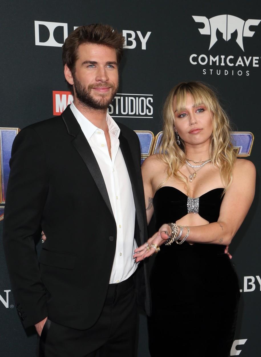 Ve filmu Poslední píseň hráli Liam Hemsworth a Miley Cyrus zamilovanou dvojici a jejich láska přetrvala i do skutečného života. Minulý rok v prosinci se vzali, ale letos se rozešli.