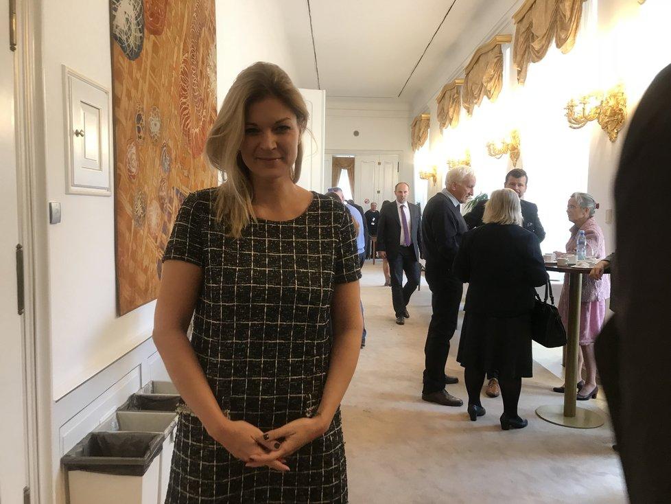 """Potetovaná poslankyně Barbora Kořanová (ANO) věří, že zprávy """"popojdou"""". Neví ale, jestli nebudou problémy se zprávami za rok 2018"""