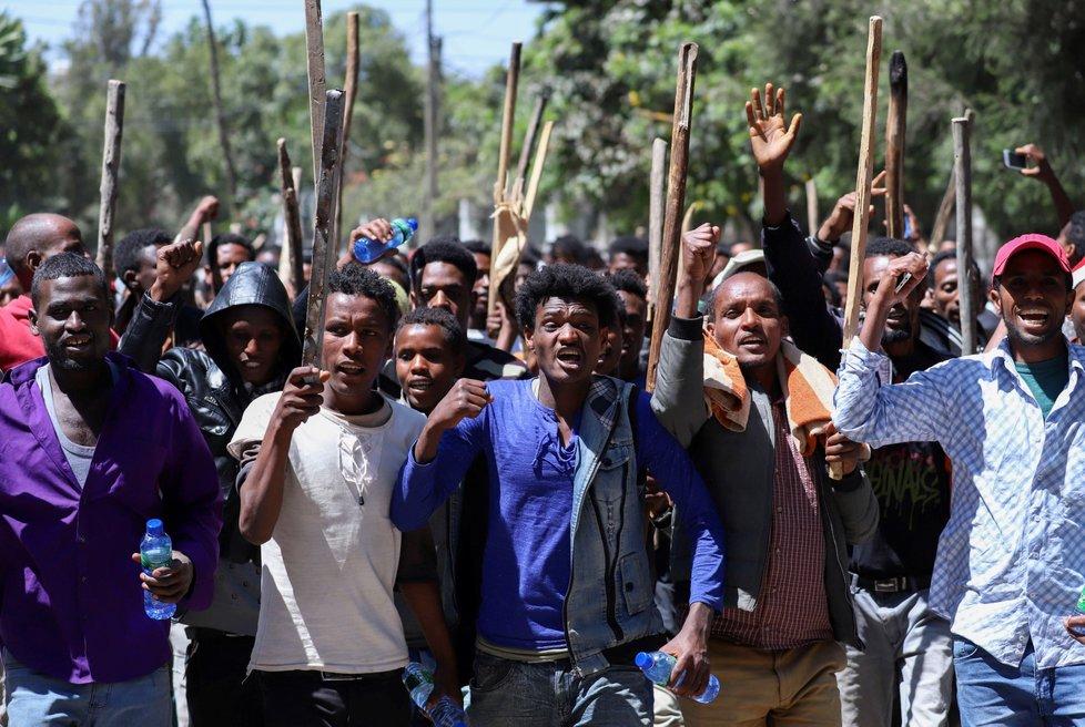 Protesty v Etiopii na podporu oblíbeného opozičního novináře a aktivisty Jawara Mohammeda (24. 10. 2019)