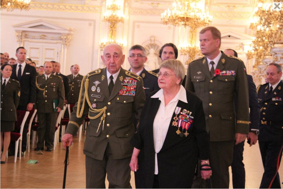 Božena Ivanová - Medaile Za hrdinství