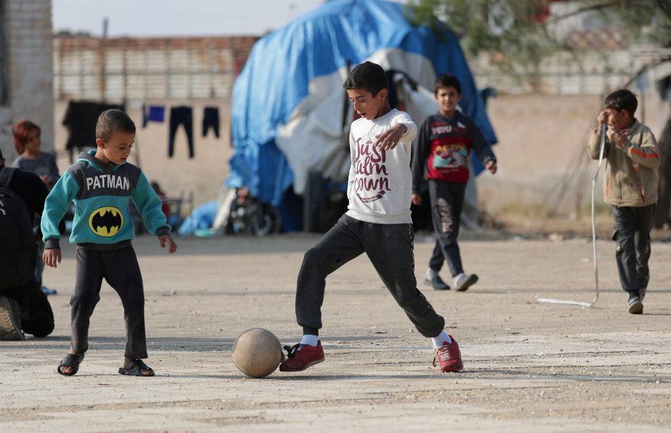 Olovem jsou ohroženy hlavně děti z rozvojových zemí (ilustrační foto).