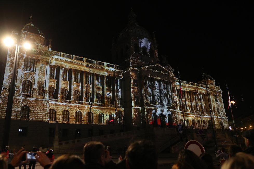 Videomapping na budově Národního muzea.