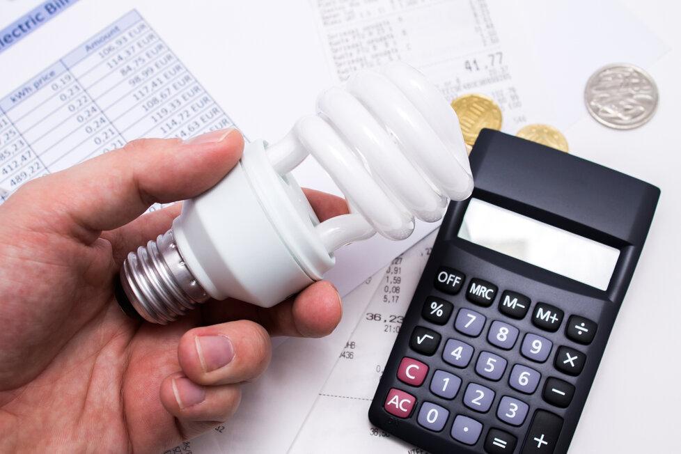 Úsporu vám zajistí i správná žárovka.