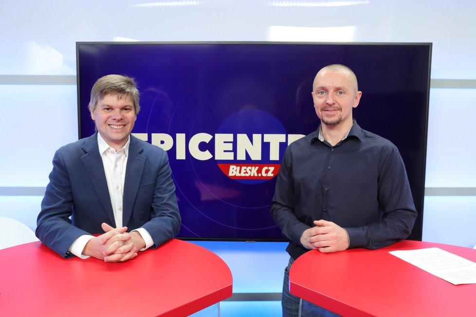 Technologický expert a bývalý člen rady Českého telekomunikačního úřadu Ondřej Malý byl hostem pořadu Epicentrum. Vpravo moderátor Bohuslav Štěpánek.